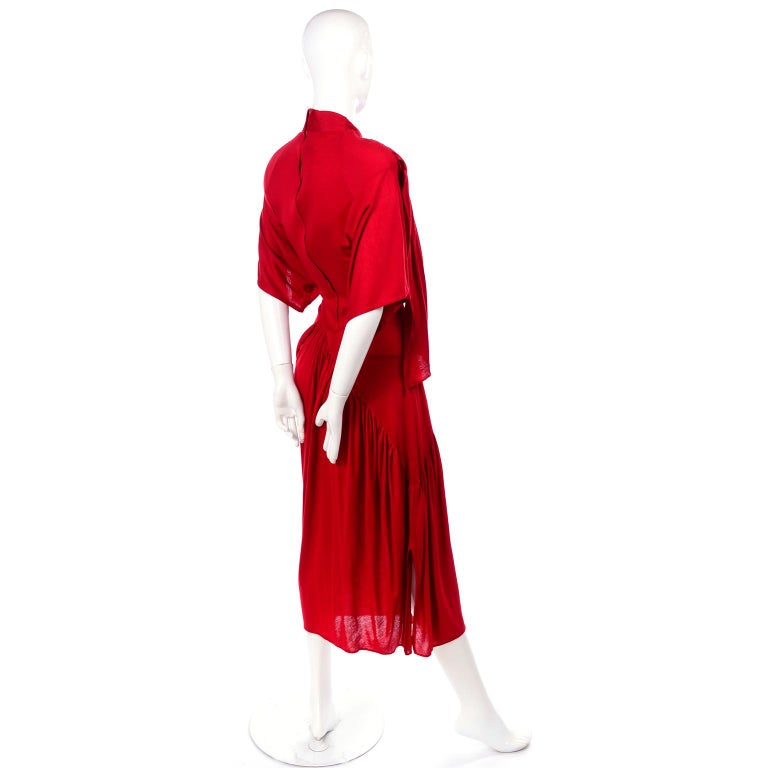 1980s Vintage Dress in Rich Red Jersey With Dramatic Draping For Sale 4