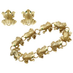 1980s Vintage Italian Emerald and Yellow Gold Frog Jewelry Set