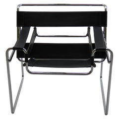 1980s Vintage Wassily B3 Black Leather and Chrome Chair Marcel Breuer