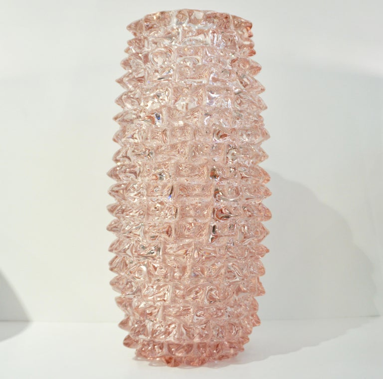1980s Vivarini Italian Large Vintage Pink Rostrato Spike Murano Glass Ovoid Vase For Sale 5