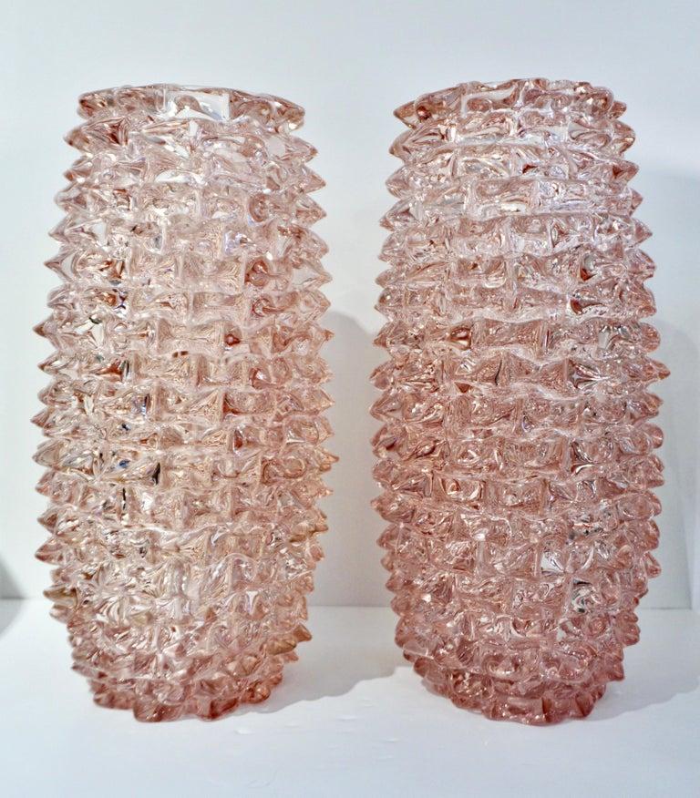 20th Century 1980s Vivarini Italian Large Vintage Pink Rostrato Spike Murano Glass Ovoid Vase For Sale