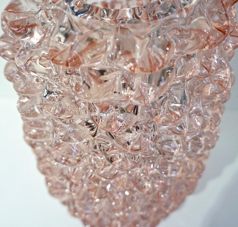 1980s Vivarini Italian Large Vintage Pink Rostrato Spike Murano Glass Ovoid Vase For Sale 1