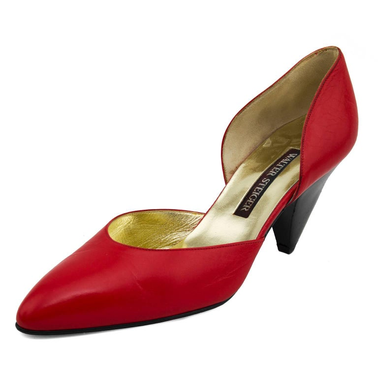 1980s unworn Walter Steiger cherry red leather d'orsay pumps. Metallic gold leather interior and brown leather exterior sole. Thick black wood triangle shaped 2.5