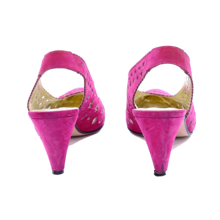 Women's 1980s Walter Steiger Slingback Pink Suede Shoes W/ Cut Out Stars & Shapes 7AA For Sale
