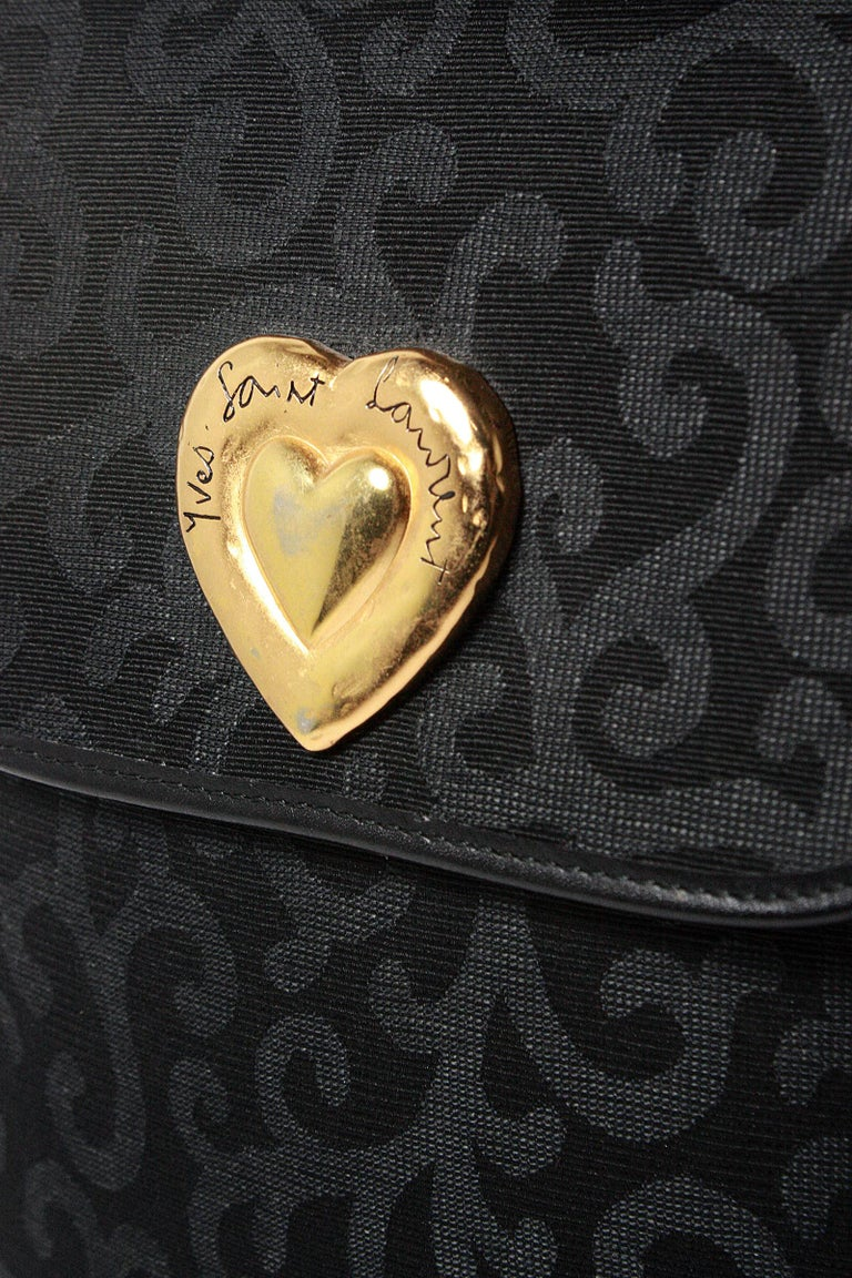 1980s Yves Saint Laurent Canvas Heart Handbag In Good Condition For Sale In Los Angeles, CA