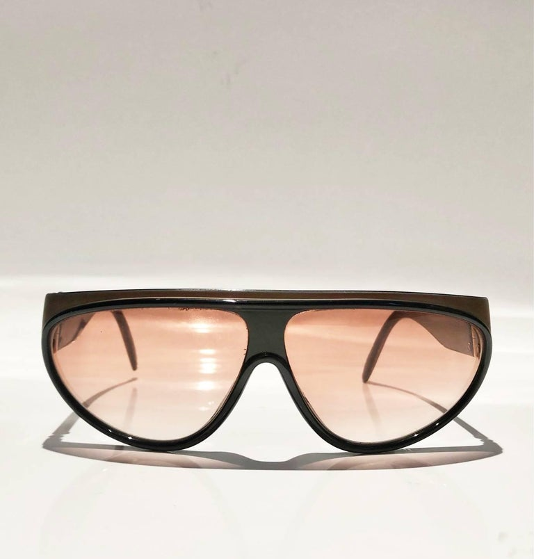 Yves Saint Laurent Champs Elysees Aviator Sunglasses, rectangular shape, glasses are light brown with gradient and 100% protection from UV rays, Unisex, Made in France   Model Number: Champs Elysees 8961-1 Y 173  Measurements: - overall width of