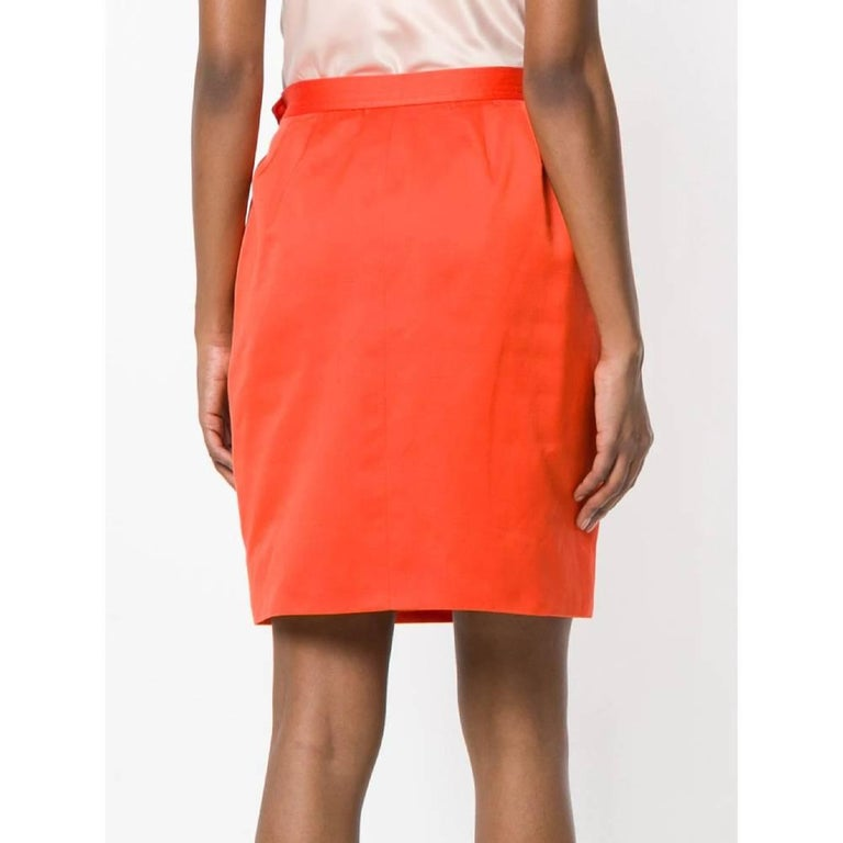 1980s Yves Saint Laurent Red Straight Skirt In Good Condition For Sale In Lugo (RA), IT
