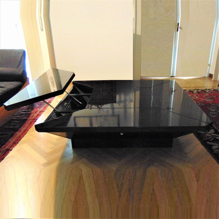Mid-Century Modern 1981 Fabrizio Cocchia Black Glossy Lacquer Coffee Dining Table, Sormani, Italy For Sale