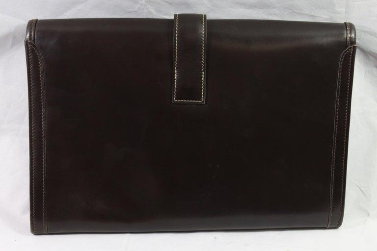 1981 Vintage Hermes Jige GM Clutch in Brown Dark Box Leather For Sale 3