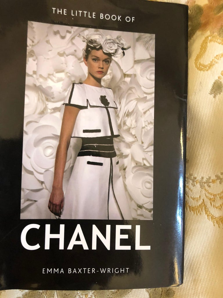 Women's 1983 Chanel Suit Karl Lagerfeld's First Collection for the House of Chanel For Sale