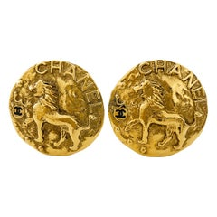 1984/Collection 23 Chanel Gold Lion Earrings