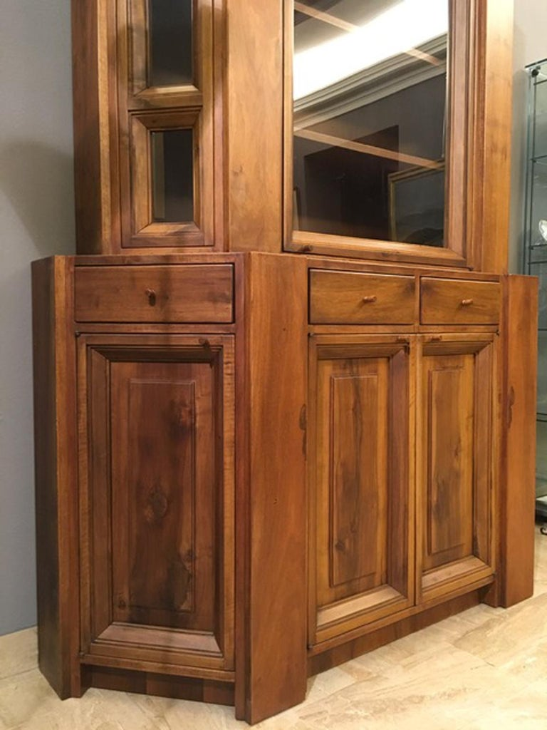1984 Italy Officina Rivadossi Walnut Cabinet Vitrine in Brutalist Style For Sale 4