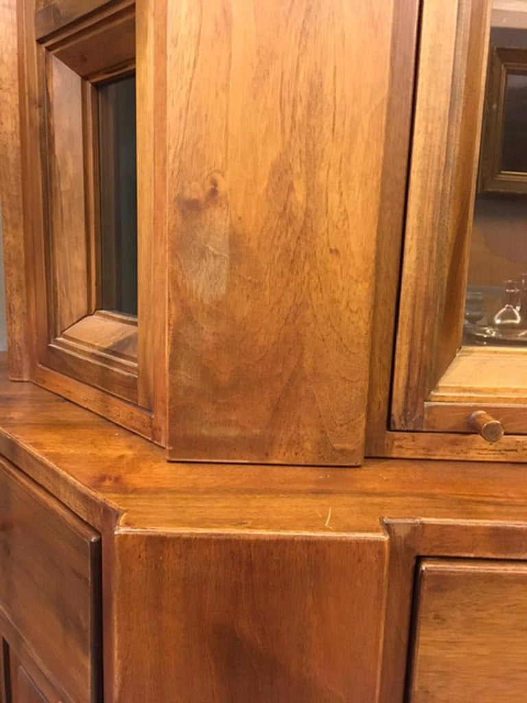 1984 Italy Officina Rivadossi Walnut Cabinet Vitrine in Brutalist Style For Sale 12