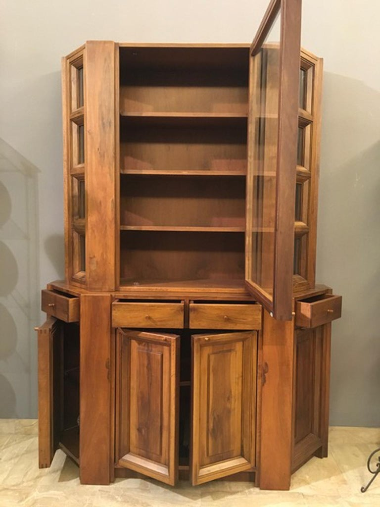 Italian 1984 Italy Officina Rivadossi Walnut Cabinet Vitrine in Brutalist Style For Sale