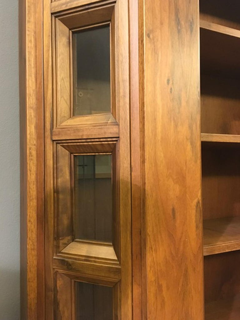 1984 Italy Officina Rivadossi Walnut Cabinet Vitrine in Brutalist Style For Sale 2