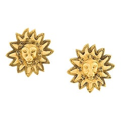 1984s Chanel Emblematic Sun Logo Gold Tone Clip On Earrings