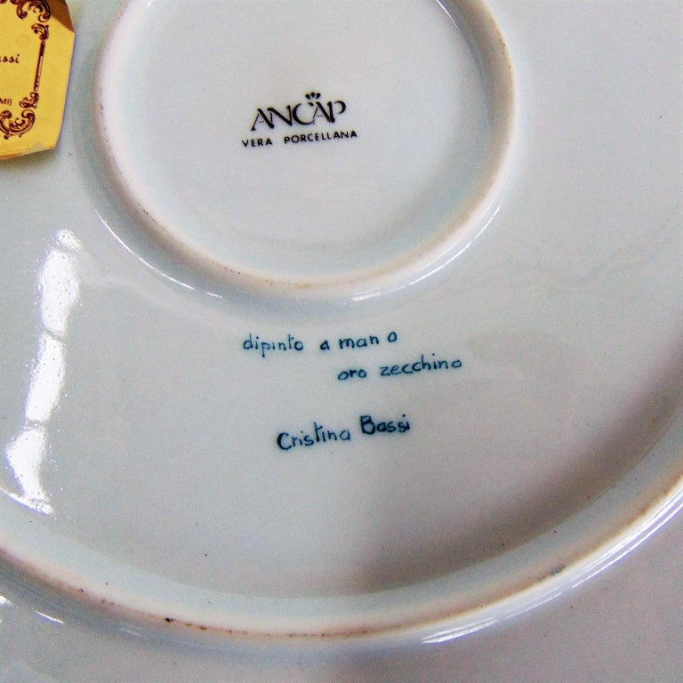 1985 Pure Gold and Porcelain Hand Painted Italian Plate, Green, Gold, White For Sale 9