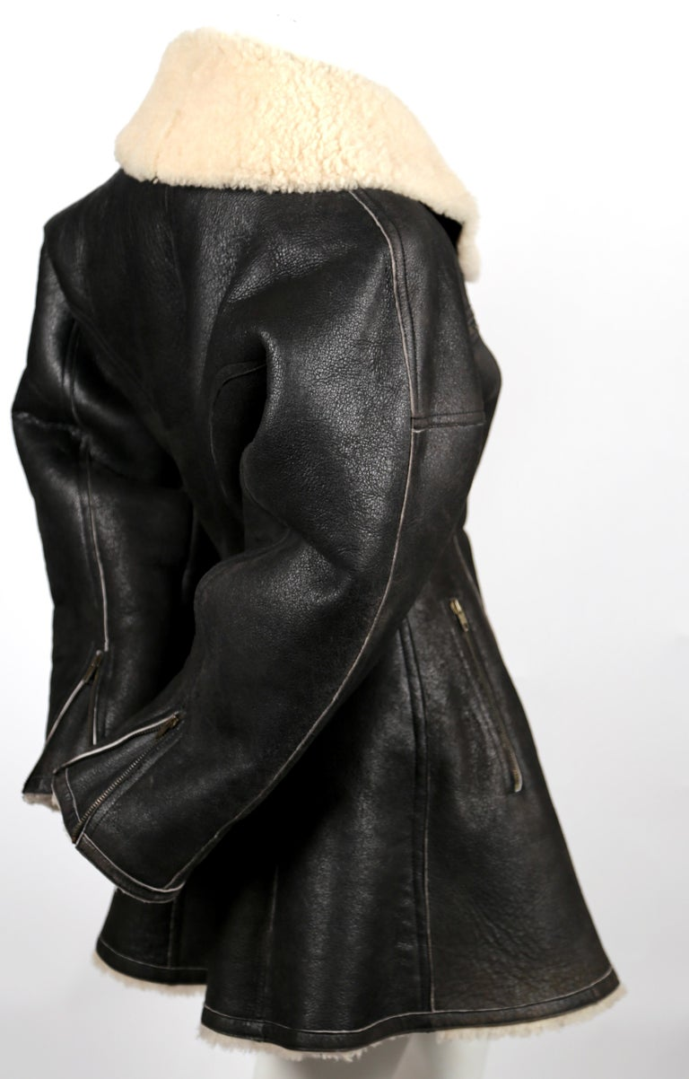 Black 1987 AZZEDINE ALAIA flared brown shearling coat with shawl collar For Sale