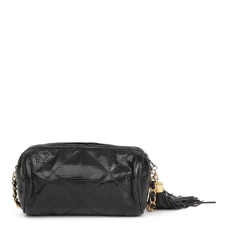 Women's 1987 Chanel Black Quilted Lizard Leather Vintage Timeless Fringe Shoulder Pochet For Sale