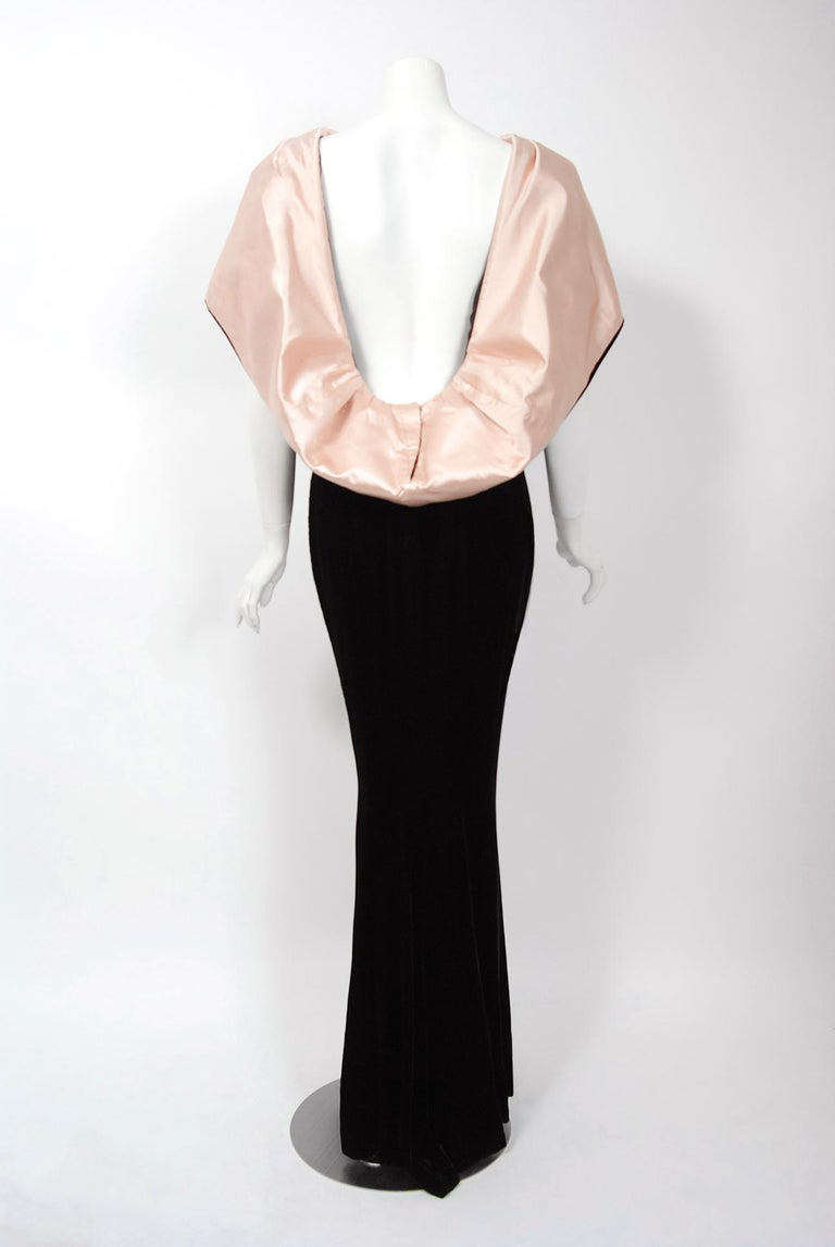 Vintage 1987 Thierry Mugler Museum-Held Velvet & Satin Bias-Cut Backless Gown In Good Condition For Sale In Beverly Hills, CA
