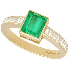1988 1.10 Carat Emerald and Diamond Yellow Gold Cocktail Ring