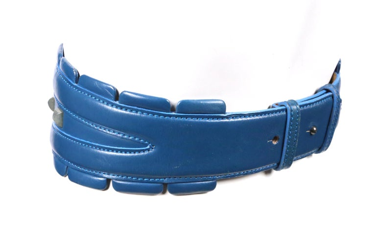 1988 AZZEDINE ALAIA blue-green leather runway belt with gunmetal pyramid studs For Sale 3