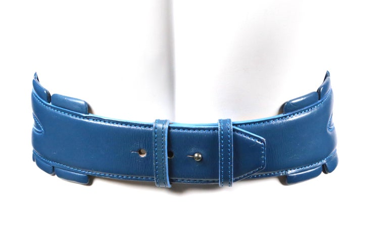 1988 AZZEDINE ALAIA blue-green leather runway belt with gunmetal pyramid studs For Sale 4