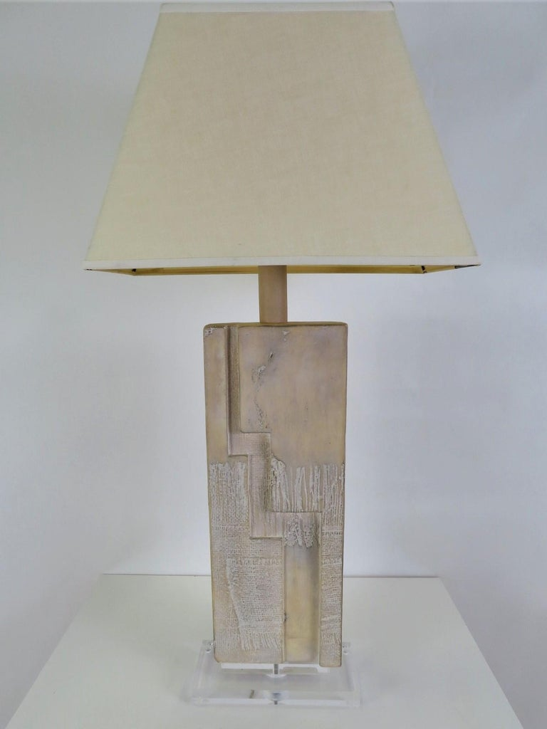1988, Casual Lamps of California Brutalist Modern Lucite Plinth Table Lamp For Sale 3