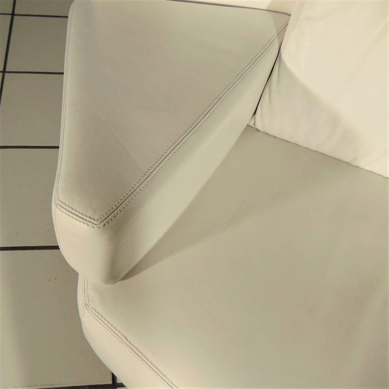 1988 Two-Seat White Leather Memphis Style by Walter Leeman, Sormani, Italy For Sale 3
