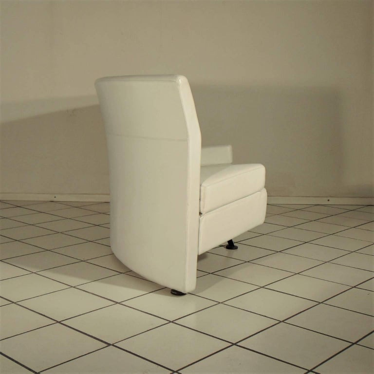 Italian 1988 Two-Seat White Leather Memphis Style by Walter Leeman, Sormani, Italy For Sale