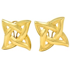1989 Angela Cummings 18 Karat Yellow Gold Quatrefoil Knot Earrings