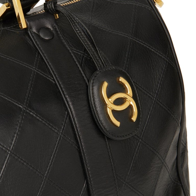 1989 Chanel Black Quilted Lambskin Vintage Boston 35 For Sale 2