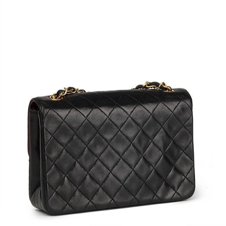 1989 Chanel Black Quilted Lambskin Vintage Classic Single Flap Bag  In Excellent Condition For Sale In Bishop's Stortford, Hertfordshire