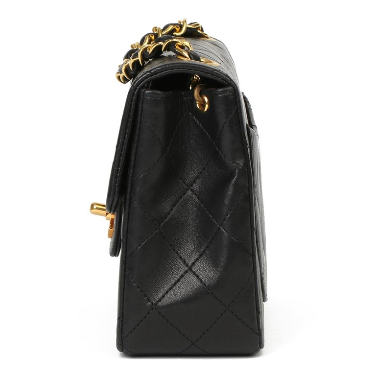 Women's or Men's 1989 Chanel Black Quilted Lambskin Vintage Mini Flap Bag  For Sale