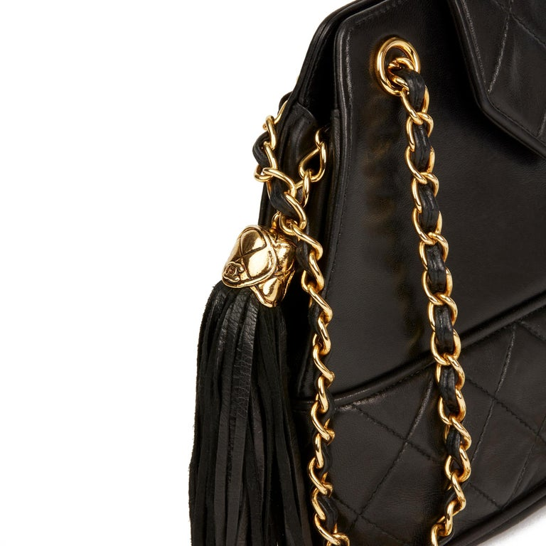 1989 Chanel Black Quilted Lambskin Vintage Timeless Fringe Bucket Bag For Sale 2