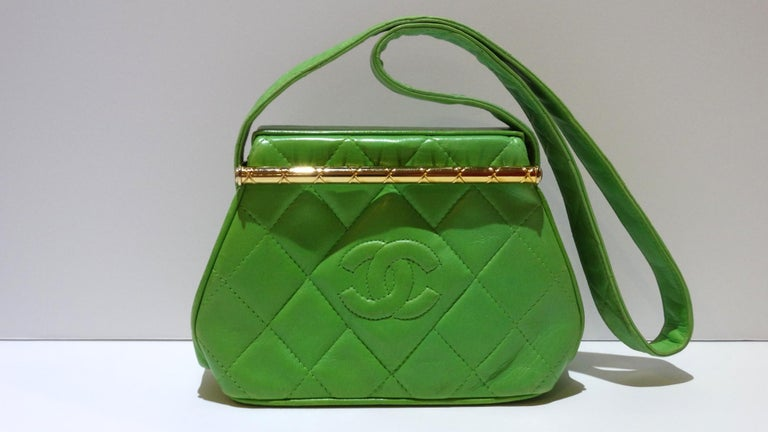 1989 Chanel Kelly Green Quilted Handbag  For Sale 14