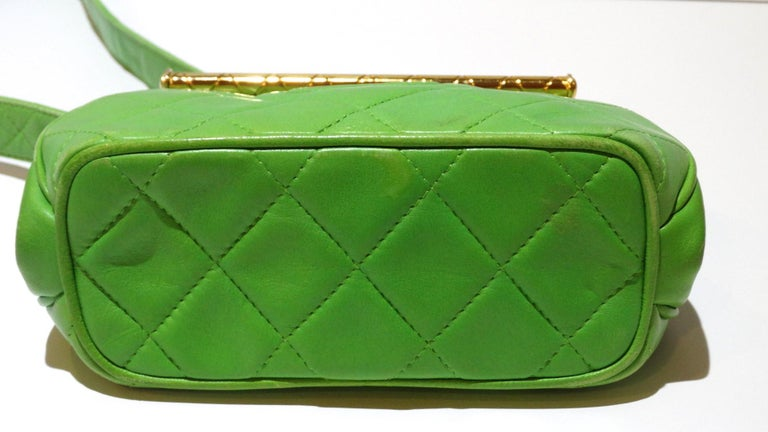 Women's 1989 Chanel Kelly Green Quilted Handbag  For Sale