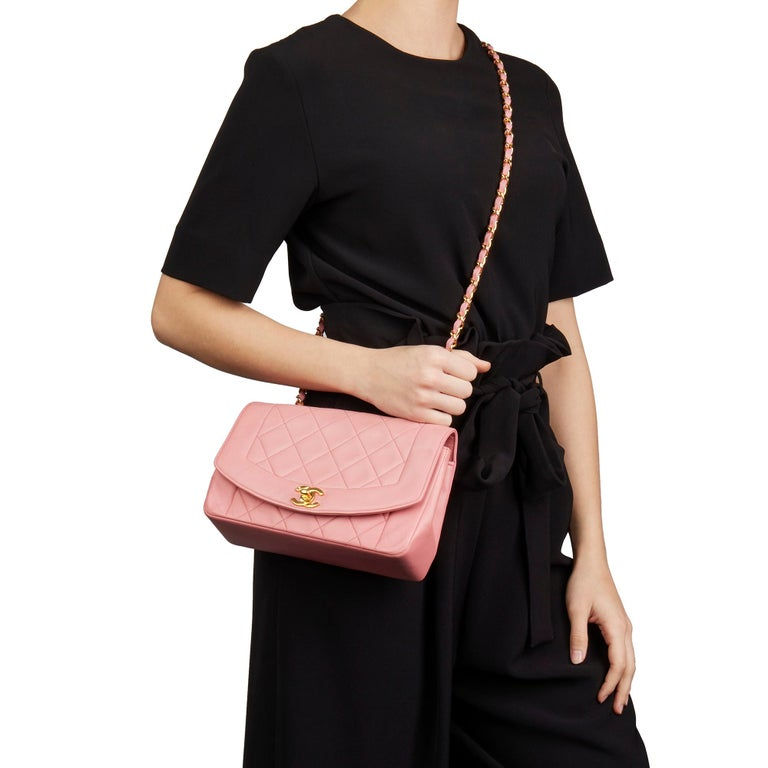 1989 Chanel Pink Quilted Lambskin Vintage Small Diana Classic Single Flap Bag For Sale 6