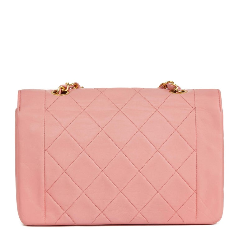 1989 Chanel Pink Quilted Lambskin Vintage Small Diana Classic Single Flap Bag In Good Condition For Sale In Bishop's Stortford, Hertfordshire