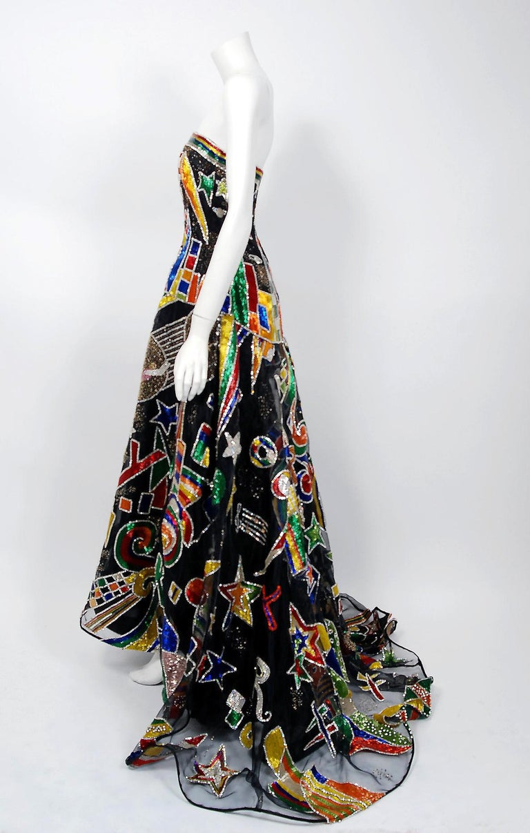 Vintage 1989 Gianni Versace Haute Couture Beaded Circus Novelty Gown and Shawl For Sale 7