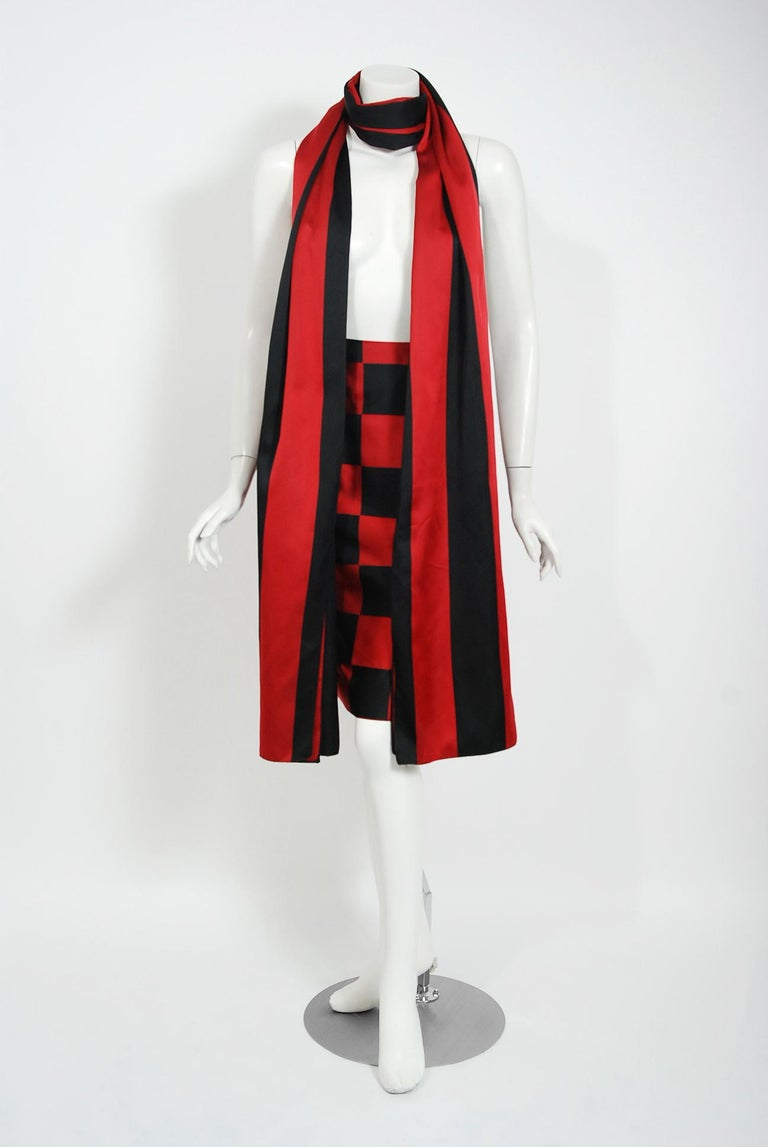 1989 Marc Jacobs for Perry Ellis Black & Red Checkered Silk Skirt w/ Shawl Wrap For Sale 2