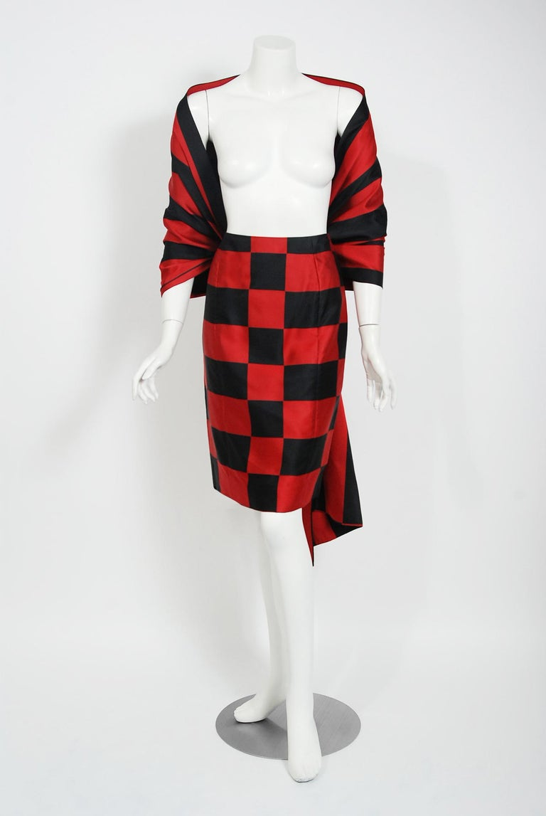 1989 Marc Jacobs for Perry Ellis Black & Red Checkered Silk Skirt w/ Shawl Wrap For Sale 3