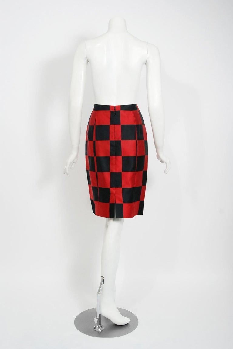 1989 Marc Jacobs for Perry Ellis Black & Red Checkered Silk Skirt w/ Shawl Wrap For Sale 4