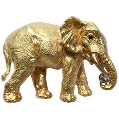1989 Tiffany & Co. 18 Karat Yellow Gold Diamond Sapphires Elephant Brooch