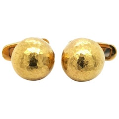 1989 Tiffany & Co., Paloma Picasso, 18 Karat Yellow Gold Cufflinks Dome Hammered