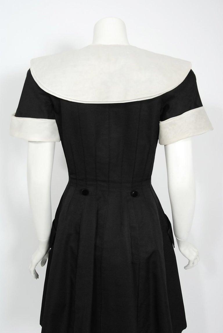 1989 Valentino Couture Black & White Wide Collar Cuff Silk-Faille Babydoll Dress For Sale 2