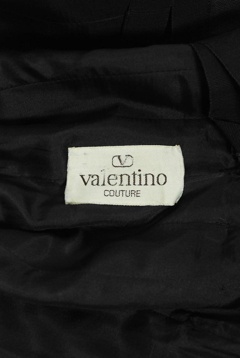 1989 Valentino Couture Black & White Wide Collar Cuff Silk-Faille Babydoll Dress For Sale 3