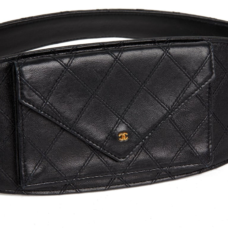 1990 Black Quilted Lambskin Vintage Timeless Belt Bag For Sale 2