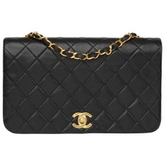 1990 Chanel Black Quilted Lambskin Vintage Small Classic Single Full Flap Bag