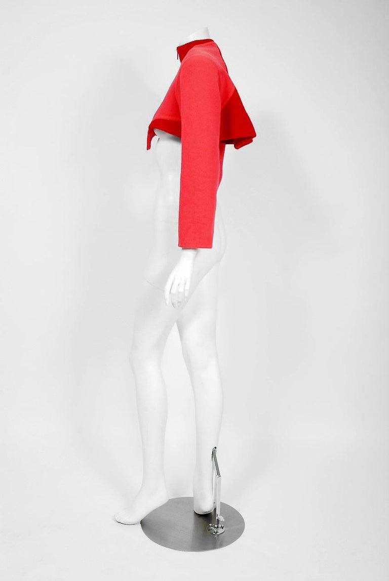 1990 Geoffrey Beene Red & Pink Wool Cropped Zip-Up Street Sportswear Jacket For Sale 1